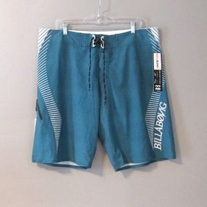 NEW Billabong Platinum X Zero Gravity Boardshorts